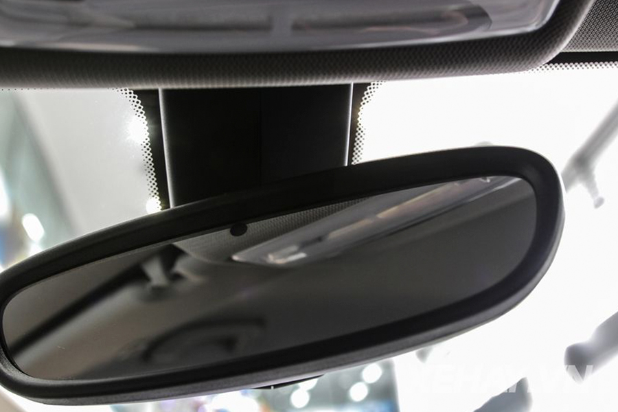 BMW 118i - Hình 15