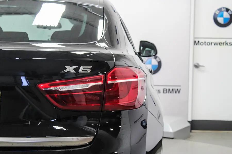 BMW X6 xDrive 35i (Máy xăng) - Hình 13