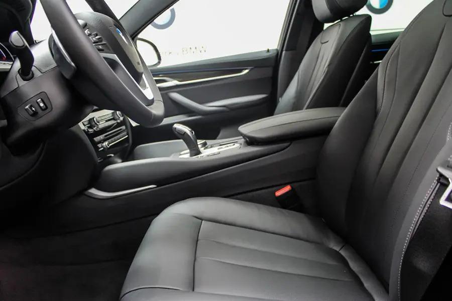 BMW X6 xDrive 35i (Máy xăng) - Hình 15