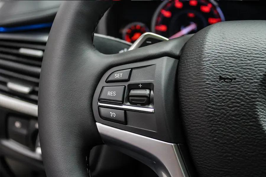 BMW X6 xDrive 35i (Máy xăng) - Hình 20