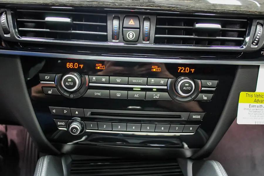 BMW X6 xDrive 35i (Máy xăng) - Hình 29