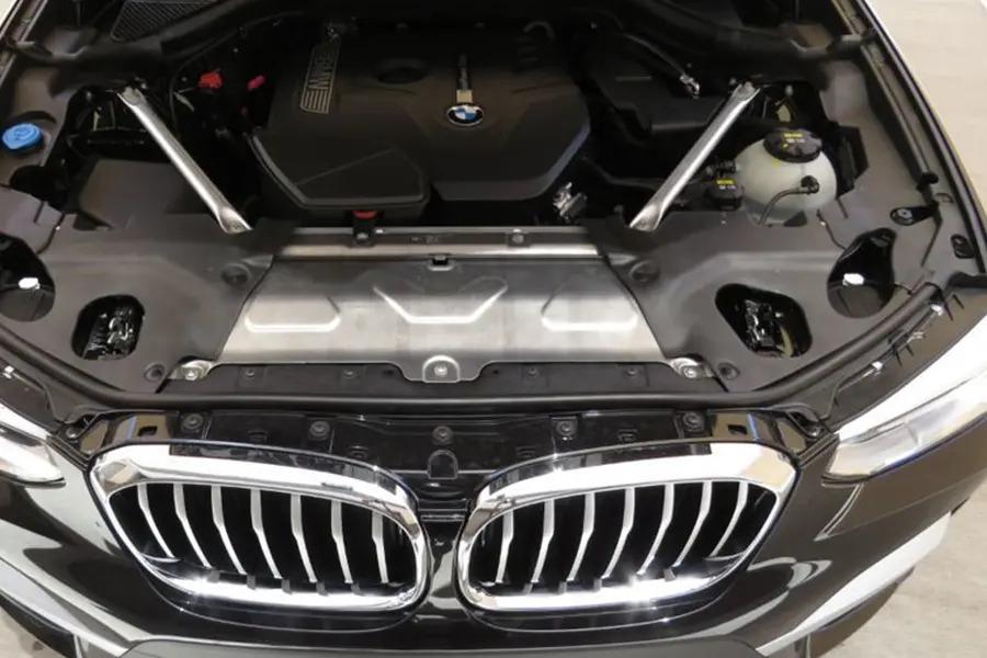 BMW X6 xDrive 35i (Máy xăng) - Hình 38